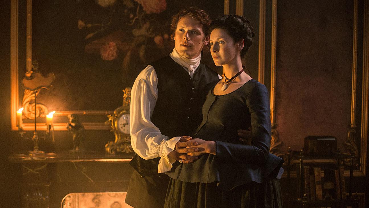 Outlander Season 2 - Jamie Fraser (Sam Heughan); Claire Fraser (Caitriona Balfe) - H 2016