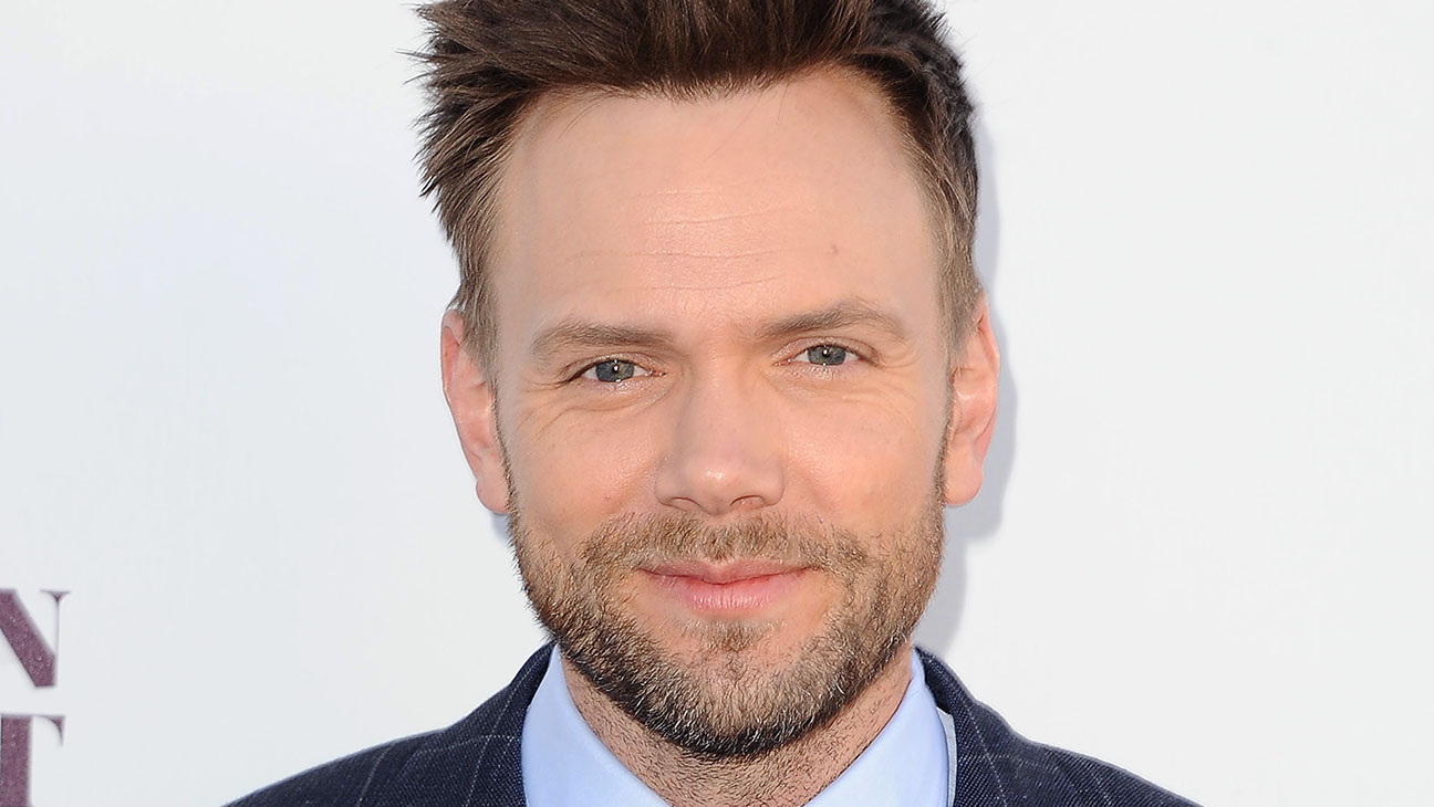 Joel McHale - Getty - H 2016