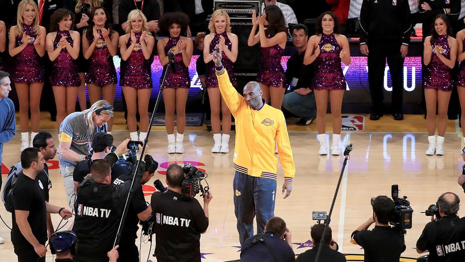 Kobe Staples Center - Getty - H 2016