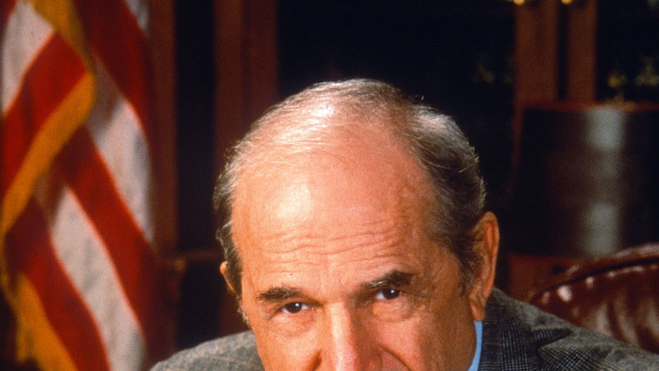 Steven Hill Law and Order  - P 2016