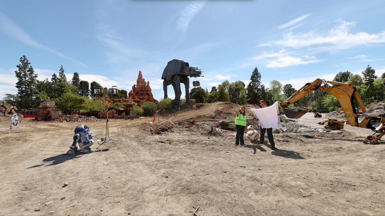 Star Wars Land Disneyland Construction - H 2016