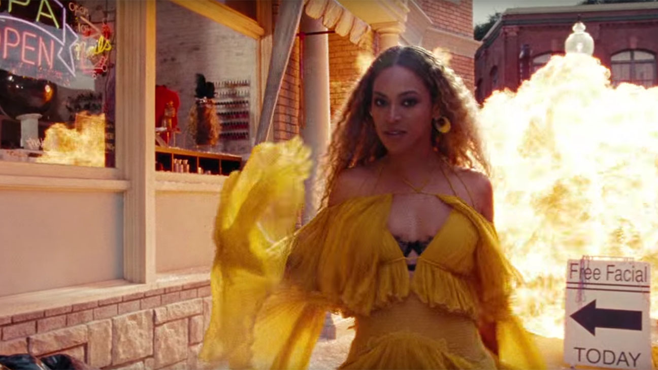 Screen Shot beyonce in lemonade-H 2016