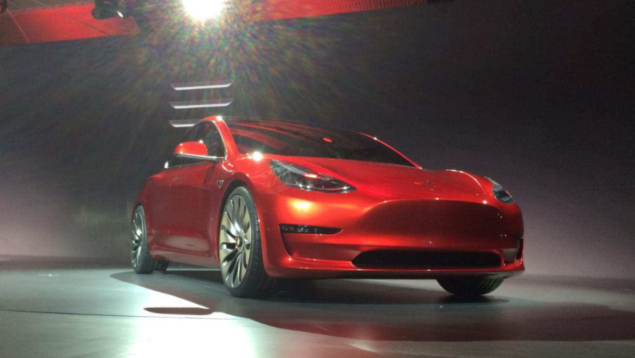 Tesla Model 3 - H 2016