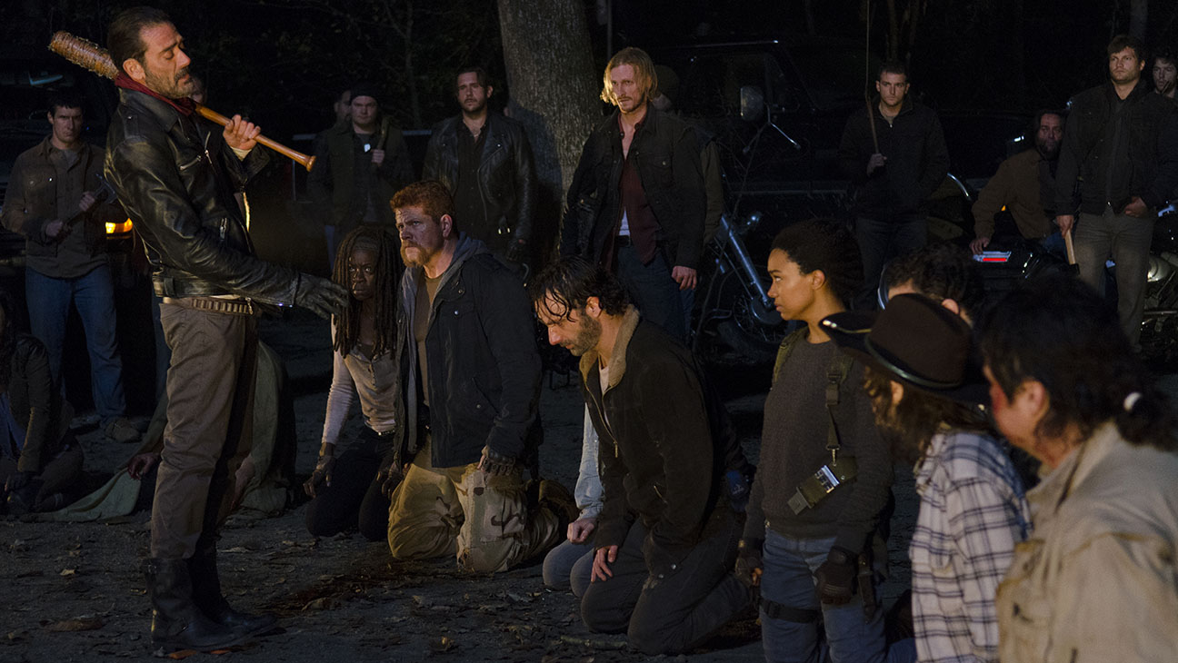 The Walking Dead - Season 6, Episode 16 -Still 3-Group Shot- H 2016
