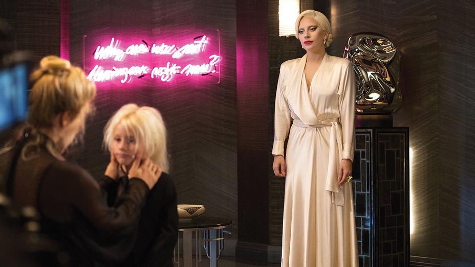 AMERICAN HORROR STORY - Room Service- Lady Gaga -H 2016