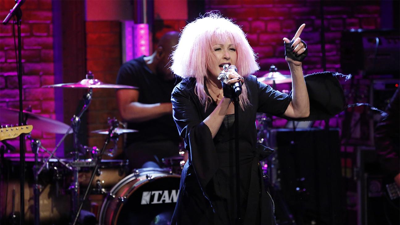 Cyndi Lauper Late Night H 2016