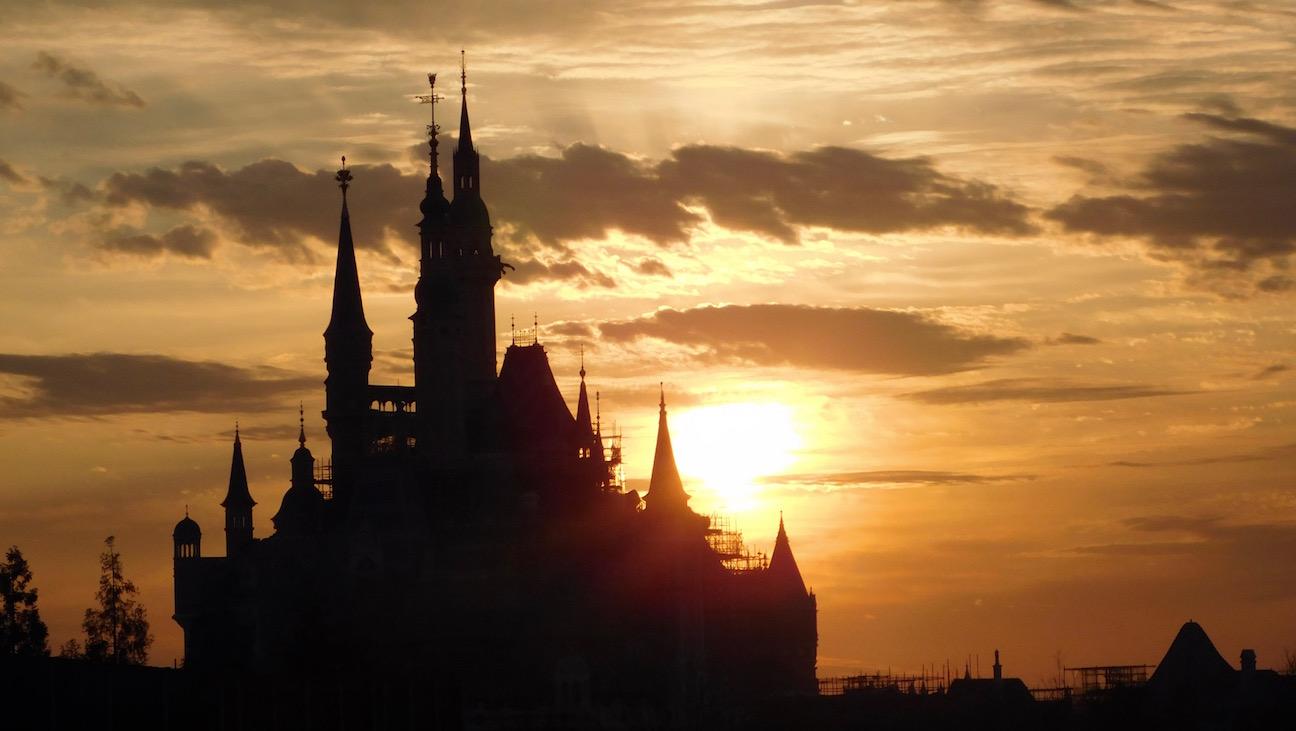 Shanghai Disneyland sunset castle - H 2016