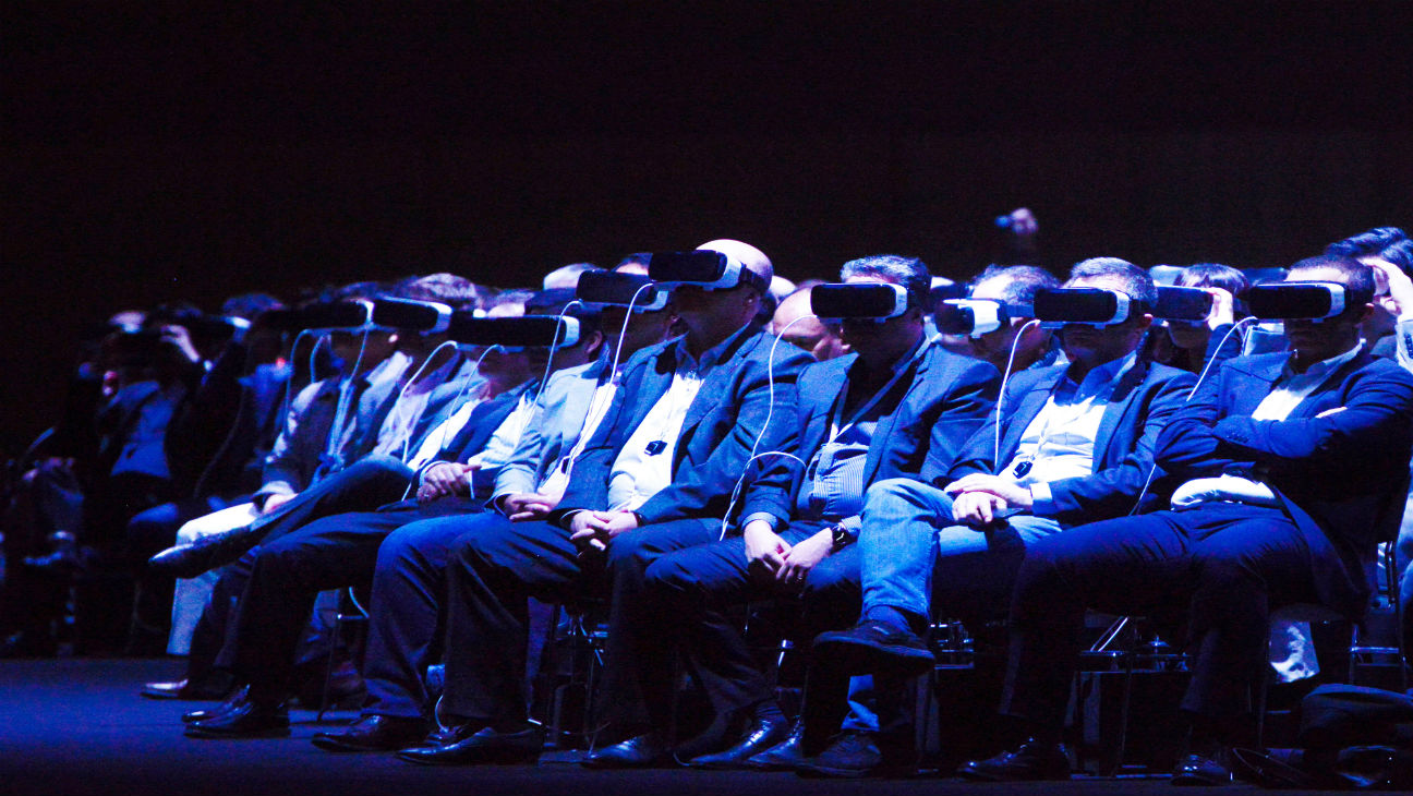VR Theater GETTY H 2016