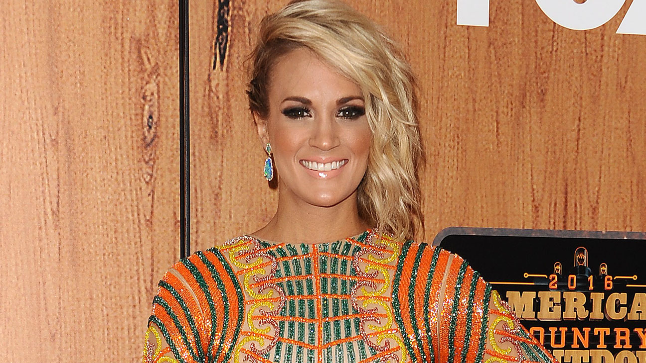 Carrie Underwood-  2016 American Country Countdown Award-Getty-H 2016