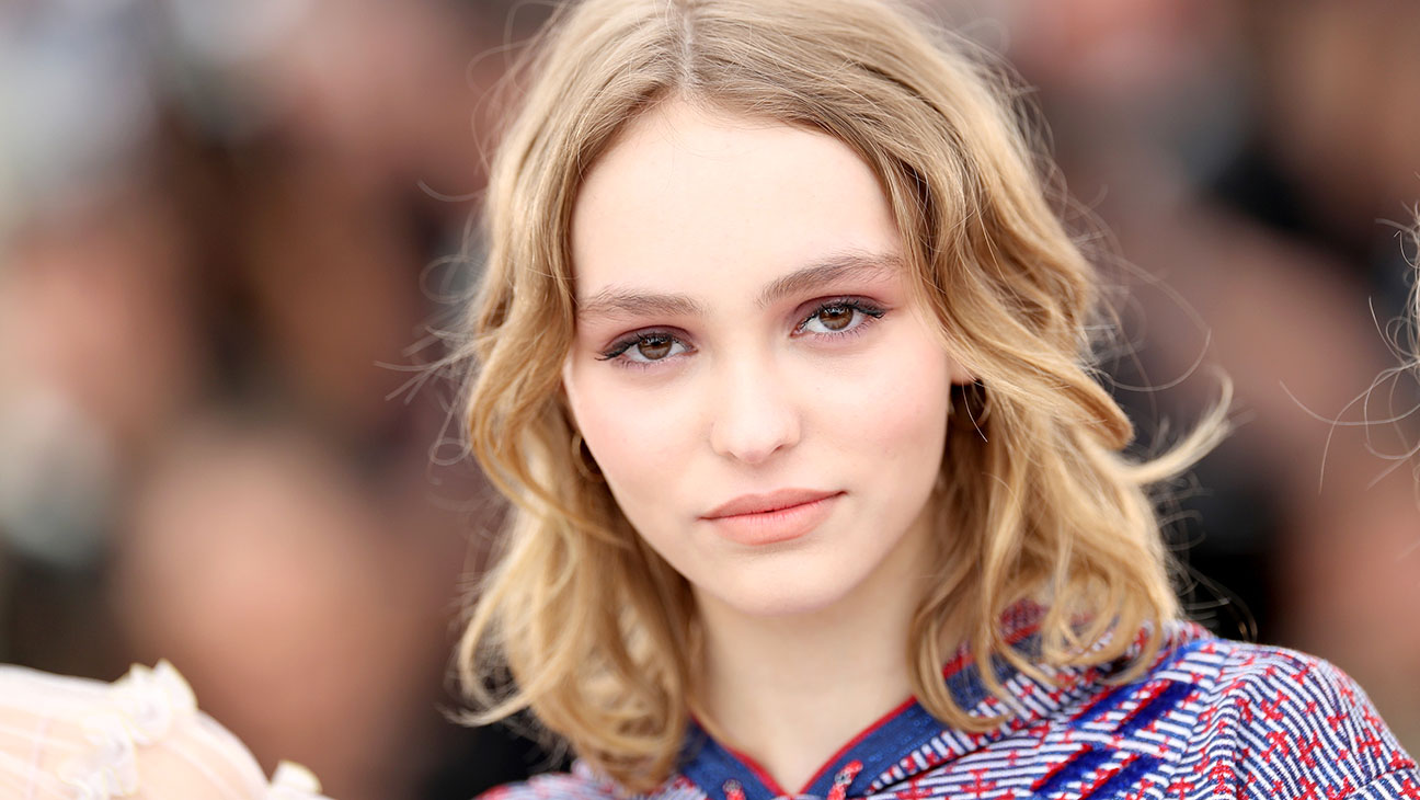 Lily-Rose Depp -The Dancer Photocall- 69th annual Cannes Film Festival -H 2016