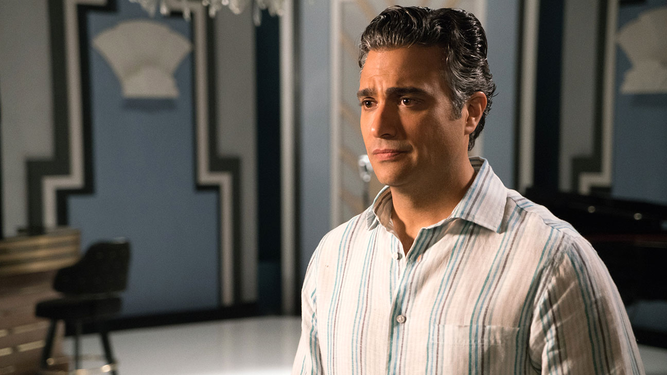 Jane The Virgin-Jaime Camil -H 2016