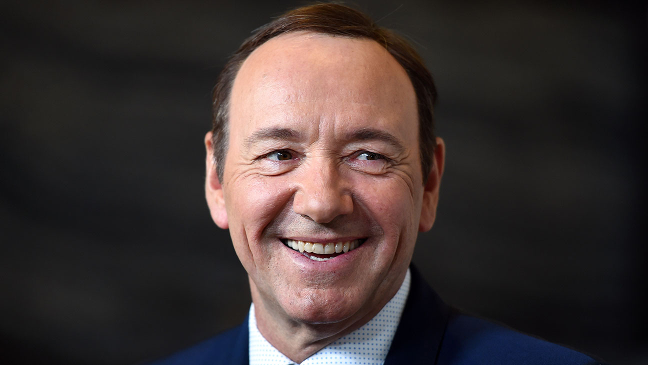 Kevin Spacey No Insignias - Getty - H 2016