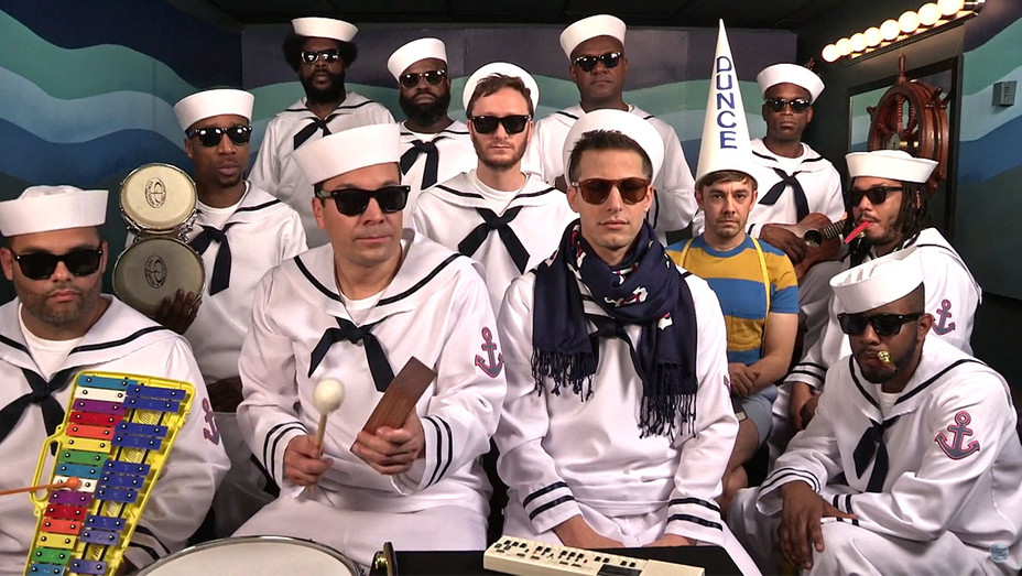 Lonely Island Perform I'm On a Boat -H 2016