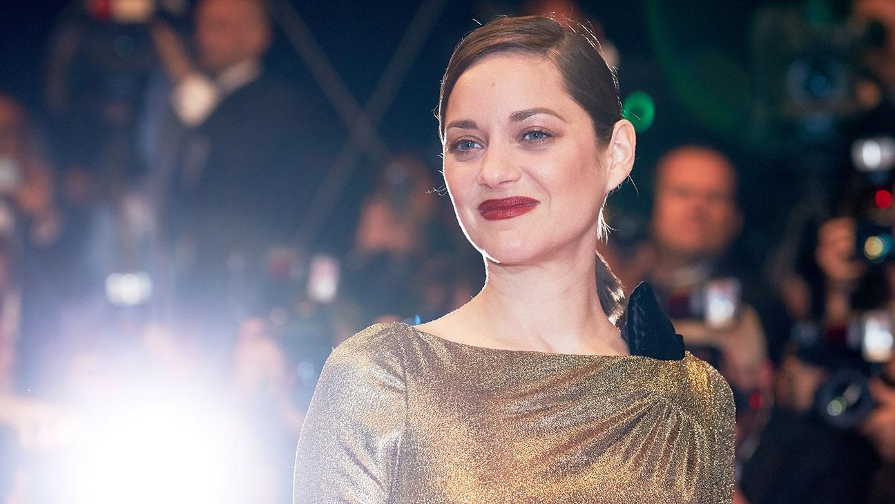 Marion Cotillard Cannes Gold Dress - Getty - H 2016
