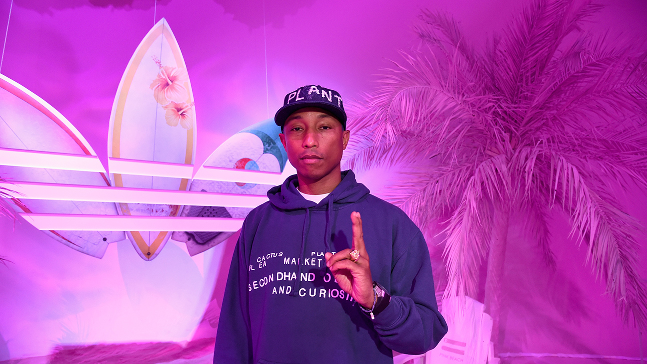 Pharrell Williams Adidas Pink Beach - H 2016