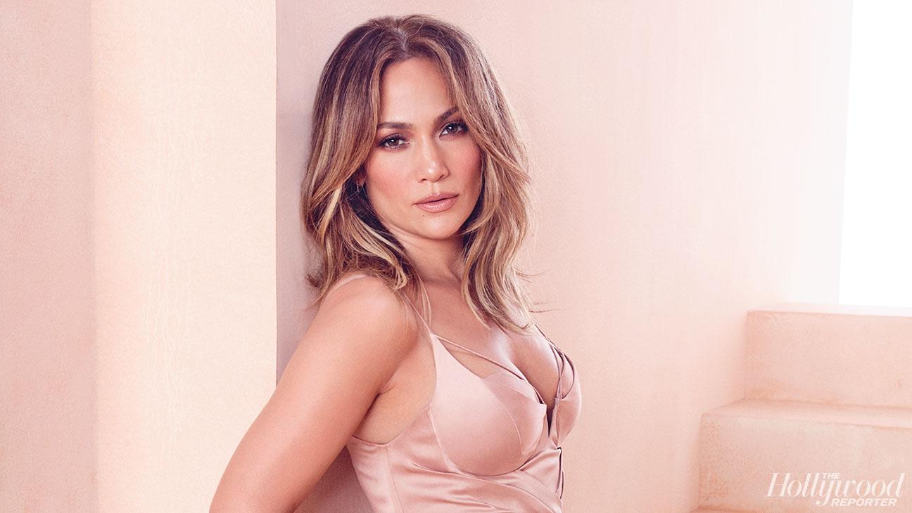 THR Jennifer Lopez 20160321_THR_EMMY_ROUNDTABLE_S04_025 - H 2016 -DO NOT USE