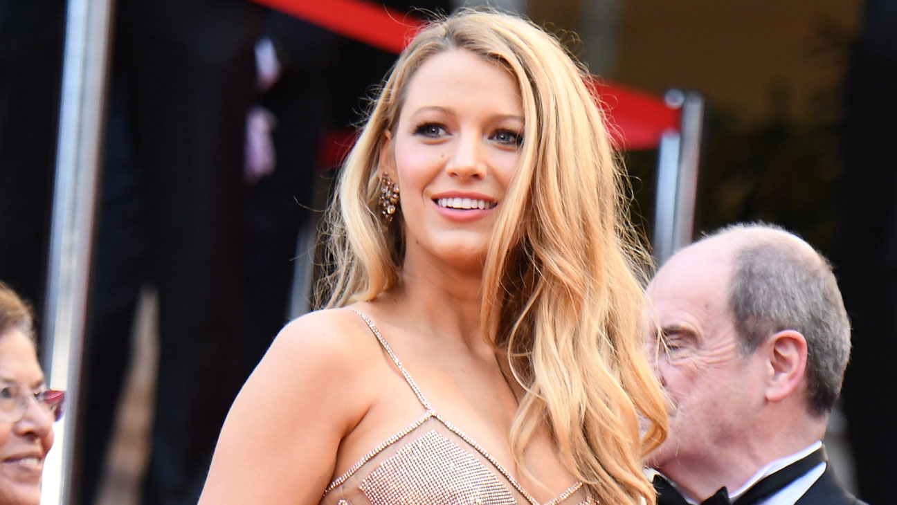 Blake Lively Cannes Versace - Getty - H 2016