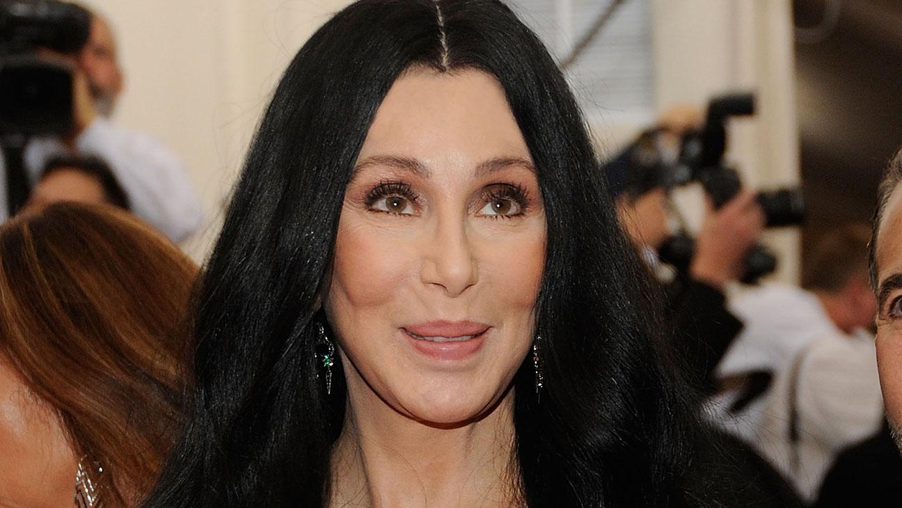 Cher Getty H 2016