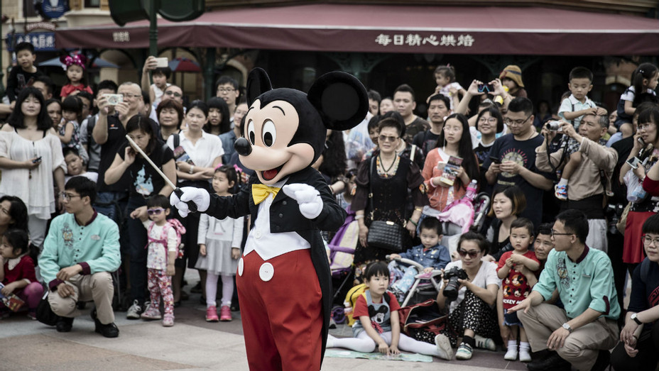 Shanghai Disney Opening - Getty - H 2016