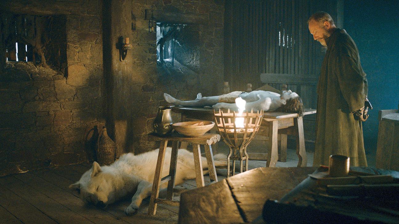 Game_of_Thrones__Still_Director_Fav - Publicity - H 2016