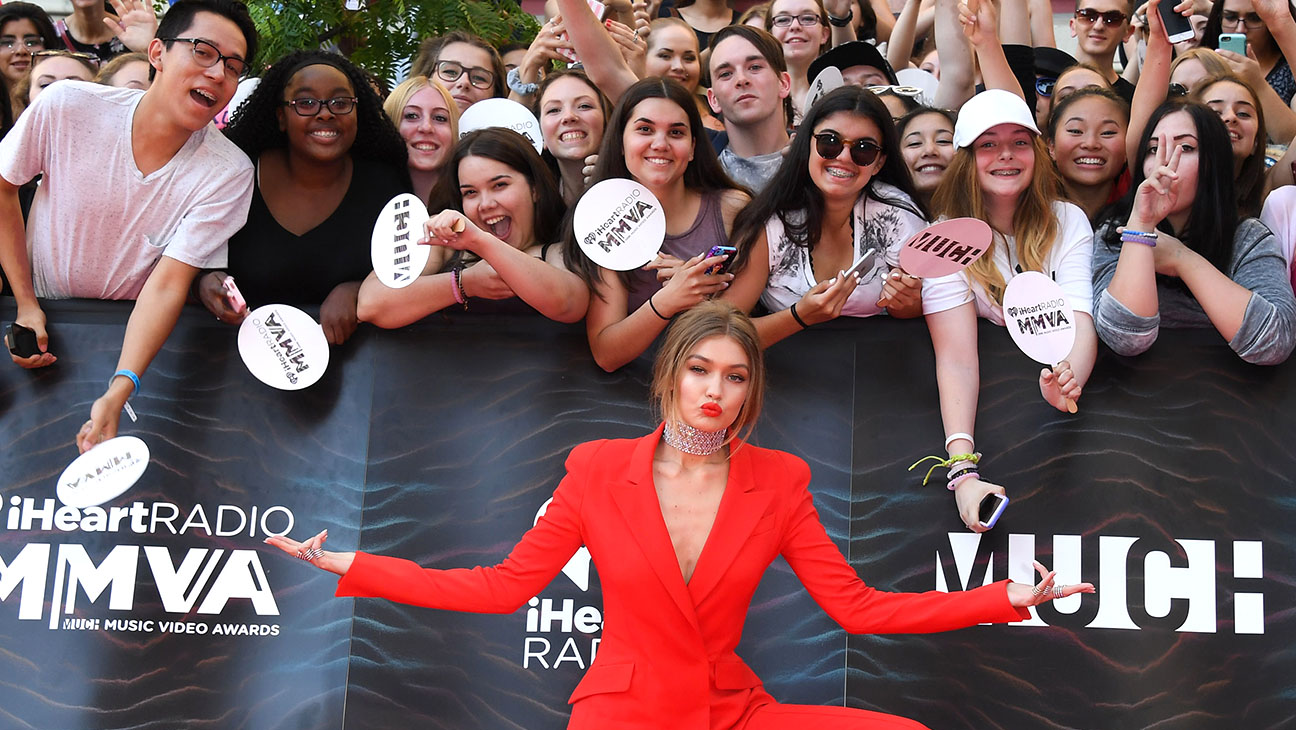 MuchMusic Video Awards host Gigi Hadid with fans - H 2016