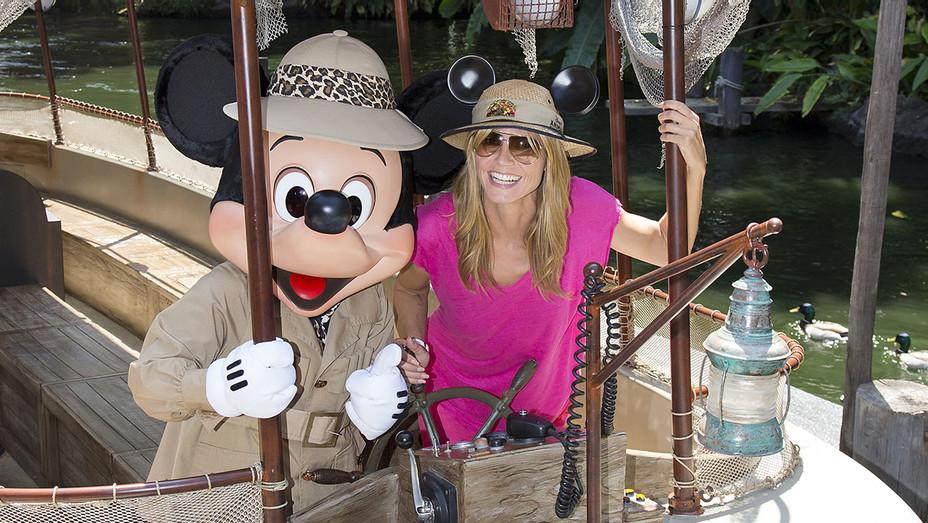 Jungle Cruise Disney Heidi Klum H 2016