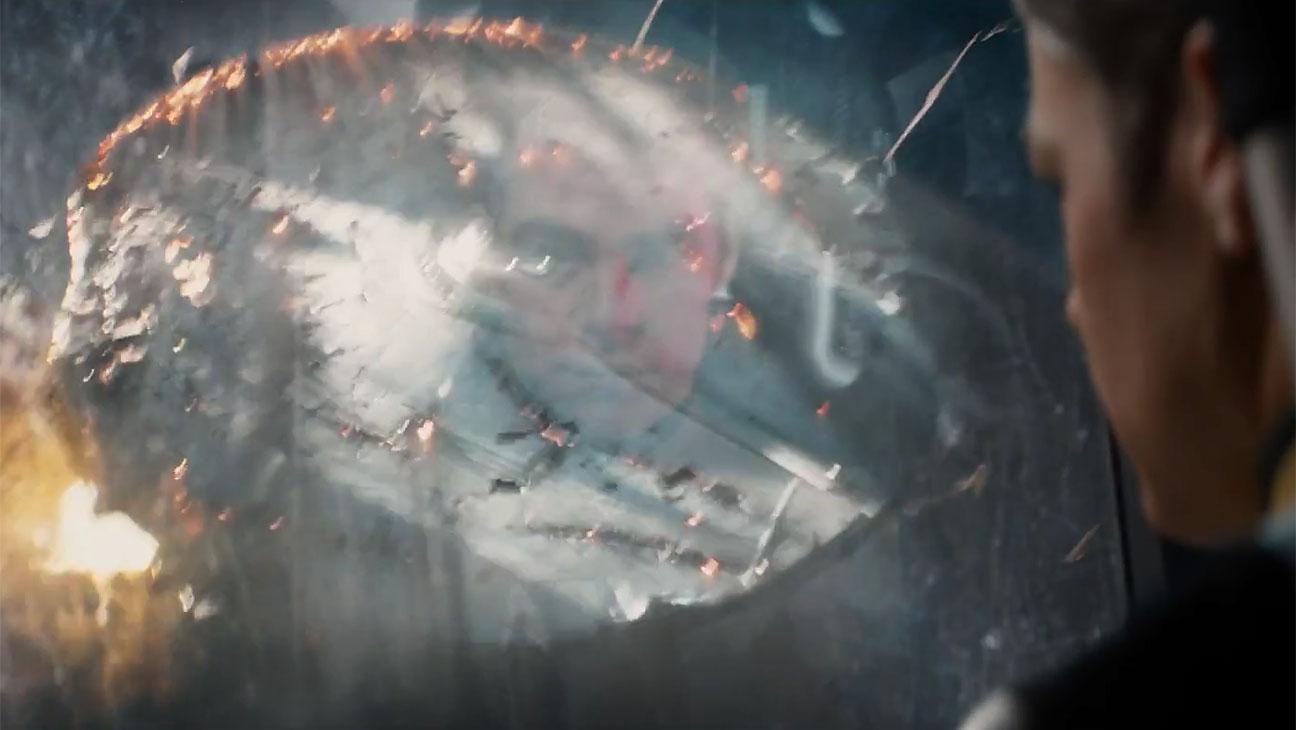 Star_Trek_Beyond_Trailer_Still - H 2016