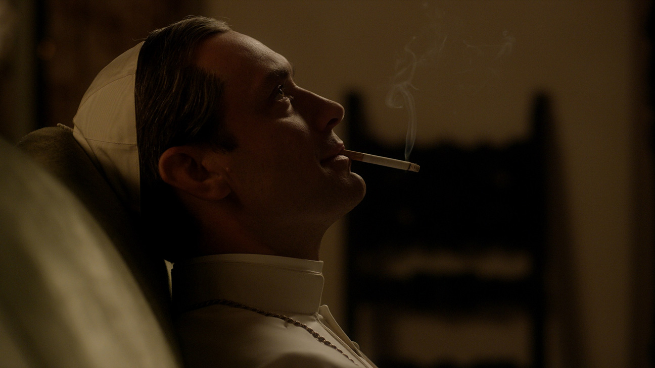 Jude Law, The Young Pope - H 2016