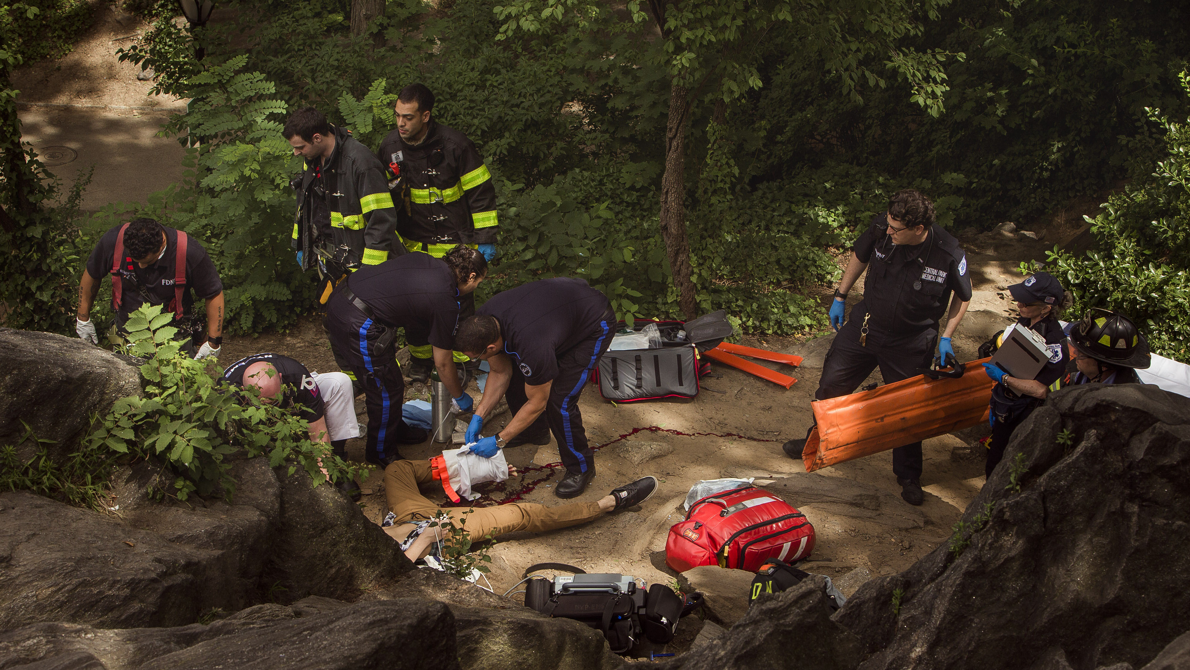 Central Park small explosion - AP - H