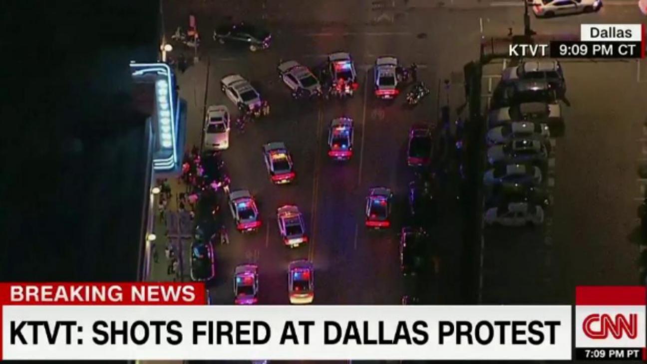 CNN Dallas protest - H 2016