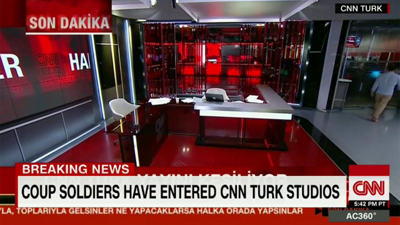 Coup Soldiers CNN - H 2016