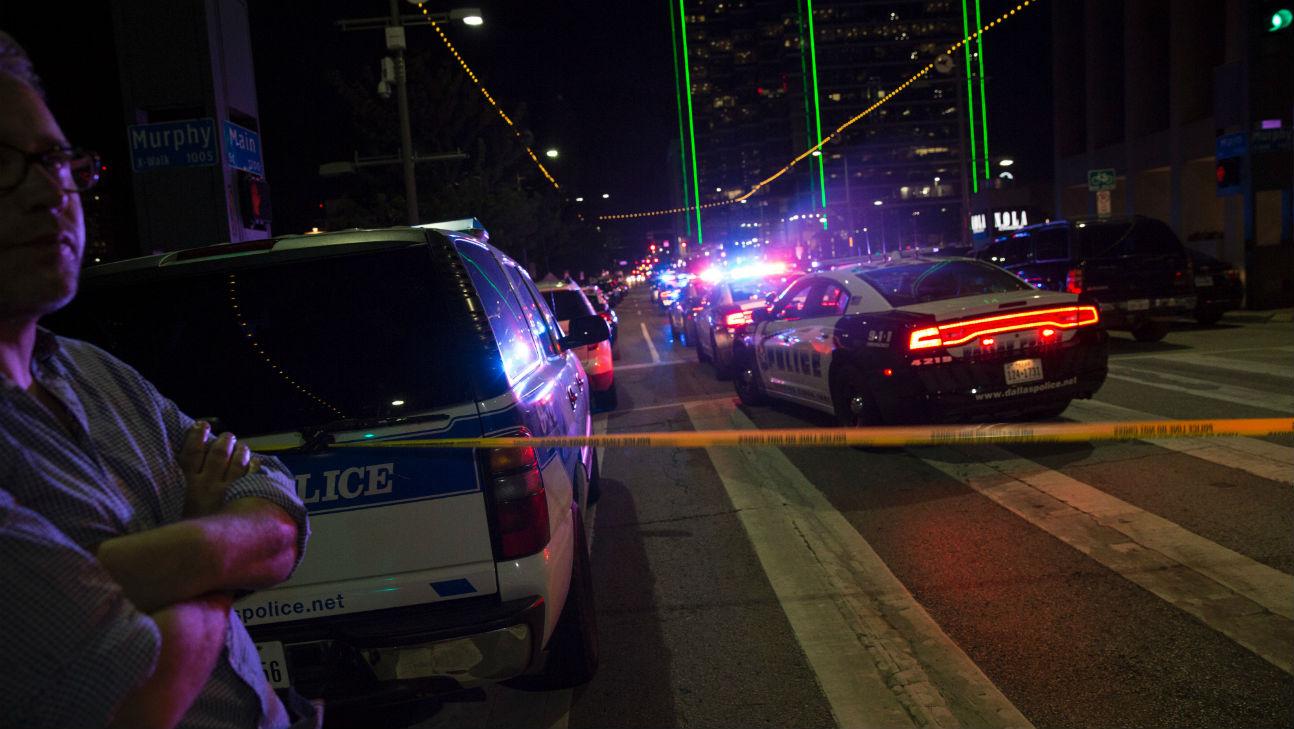Dallas Shooting - Getty - H 2016