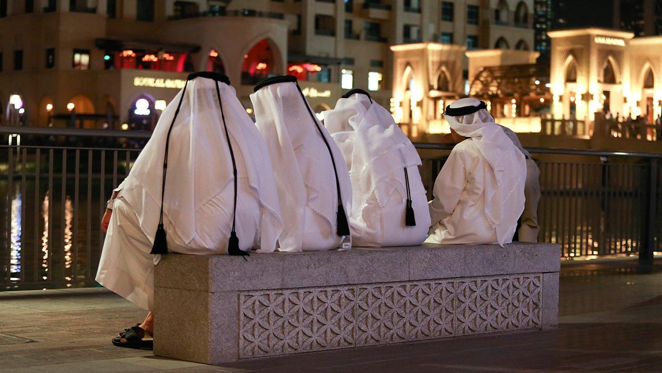 Men in Arabic National Dress - Getty H 2016