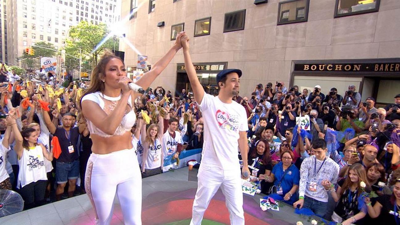 Jennifer Lopez Lin-Manuel Miranda Performance H 2016