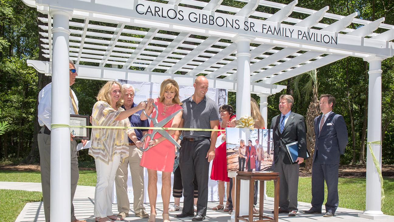 Leeza Gibbons Care Center Ribbon Cutting H 2016