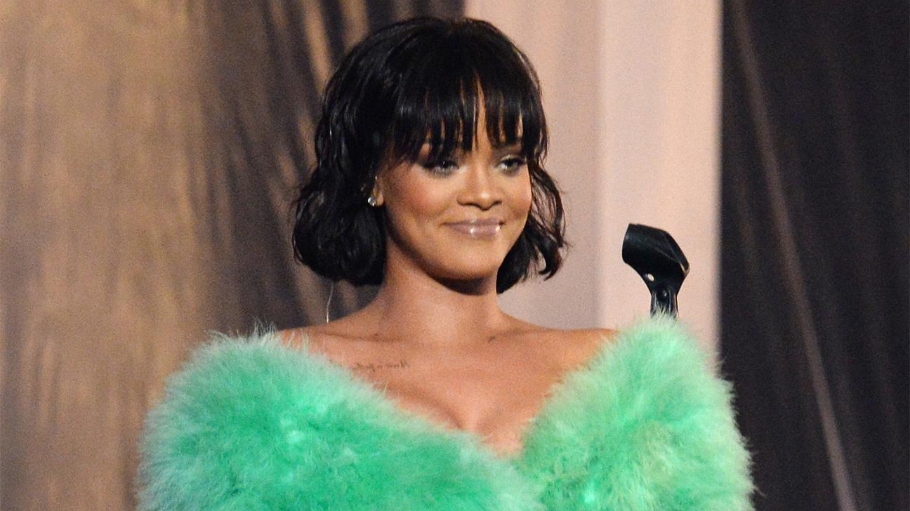 Rihanna BBMA Getty H 2016