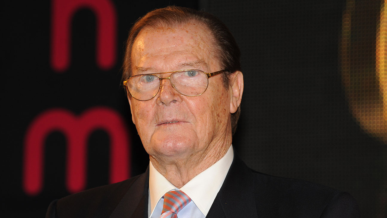 Roger Moore Getty H 2016
