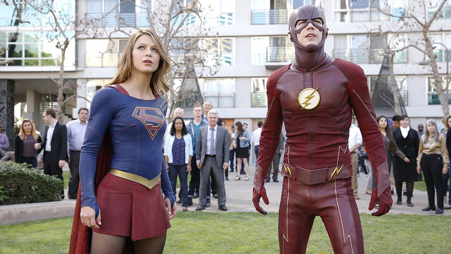 Melissa Benoist -Supergirl and Grant Gustin -The Flash-H 2016