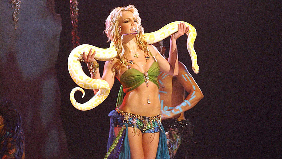 Britney_Spears_Python_Getty_H_2016