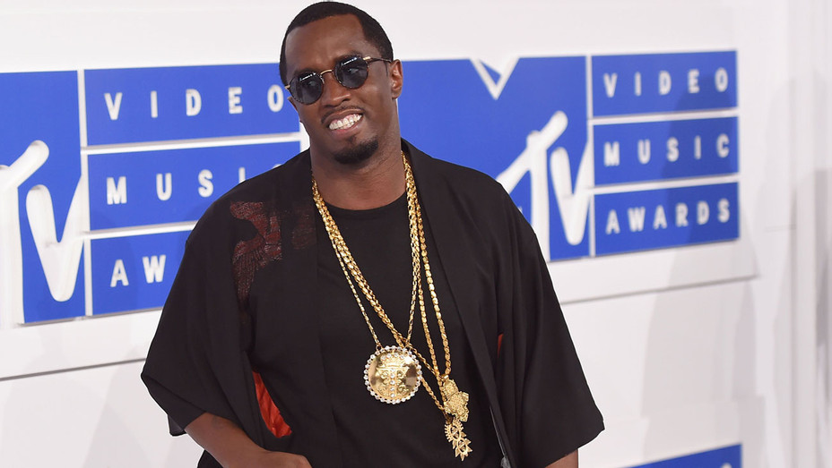 Diddy VMAs - Getty - H 2016