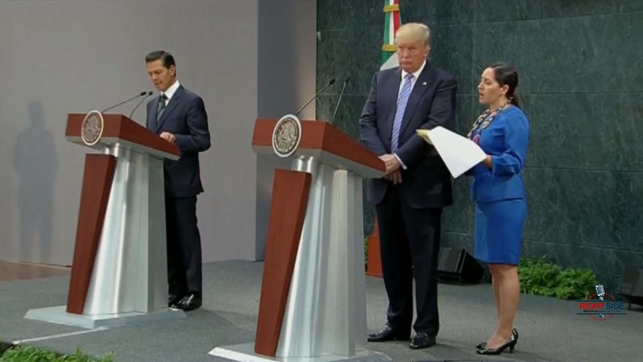 Donald Trump Pen?a Nieto - press conference - screenshot - h 2016