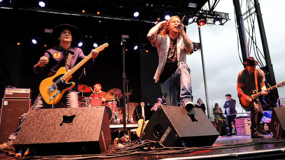 Blind Melon-90s FEST Pop Culture and Music Festival on September 12, 2015 -H 2016