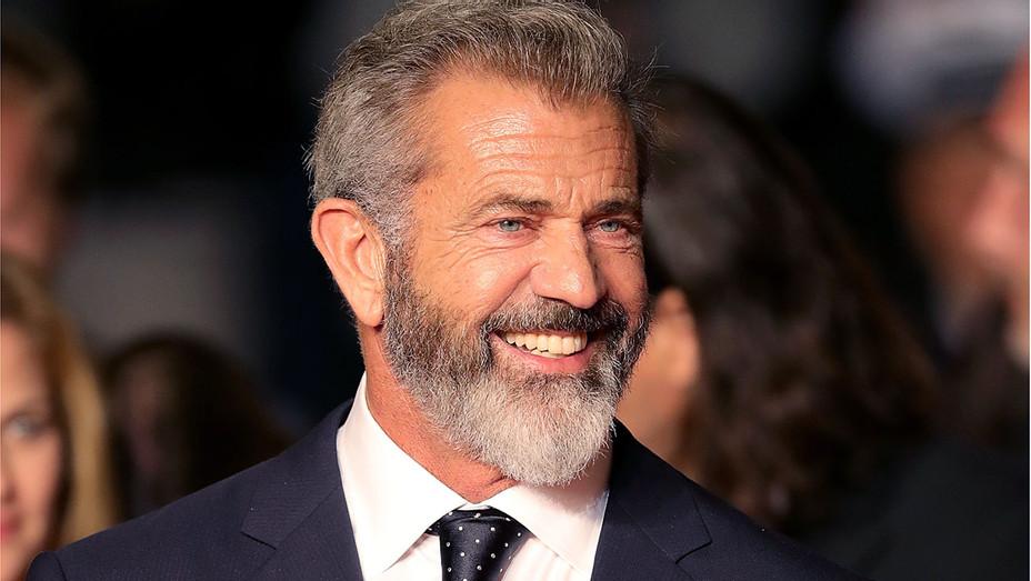 Mel Gibson 2-Getty-H 2016