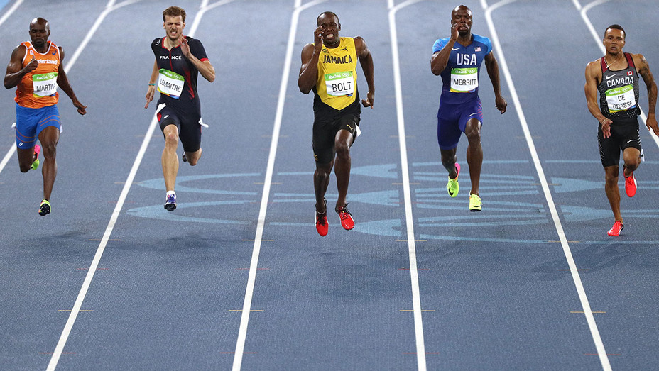 Usain Bolt of Jamaica competes on his way to winning the Men?s 200m -Getty-H 2016