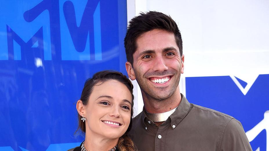 Laura Perlongo and Nev Schulman -2016 MTV Video Music Awards-Getty-P 2016