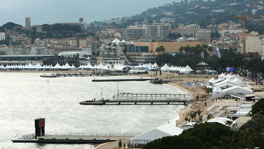 CANNES, FRANCE - view of the beach-H 2016