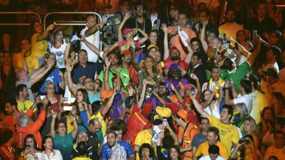 Gisele Bundchen Rio opening ceremony dancing Getty 2016 - H