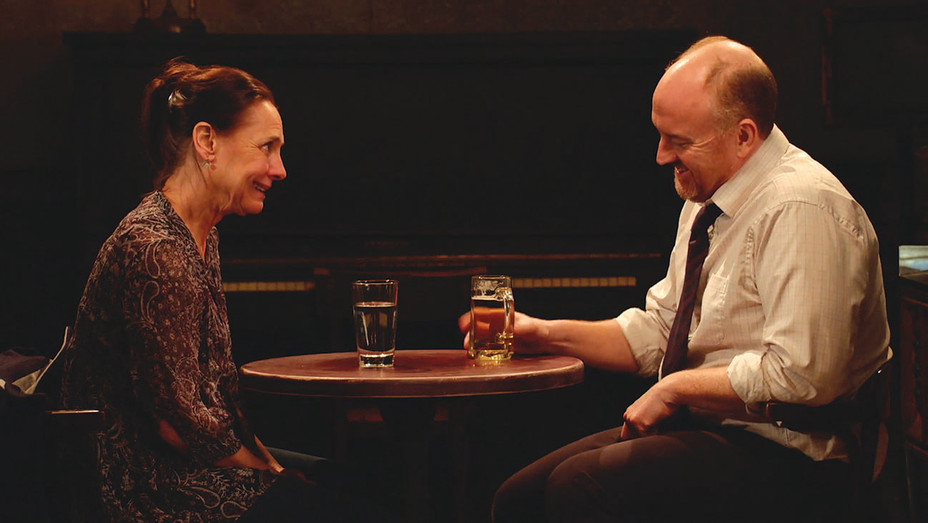 15 GUEST ACTORS SOUND OFF: LAURIE METCALF - Horace and Pete (LouisCK.net) -H 2016