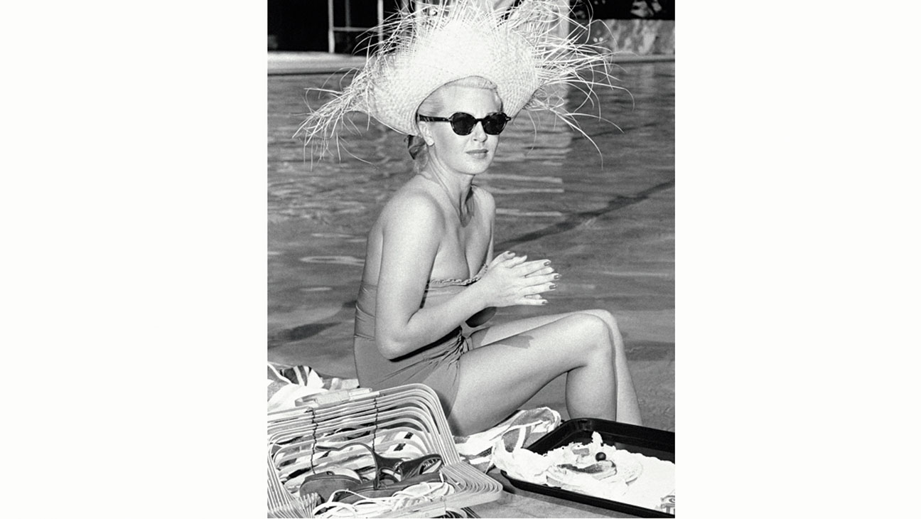 Santa Barbara Beach Guide-Lana Turner -Coral Casino pool 1950s-Publicity-H 2016