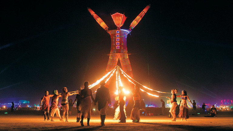 """Burning Man Turns 30: The Joys, Pitfalls (and Drugs) of Hollywood's """"Vacation for the Soul"""""""